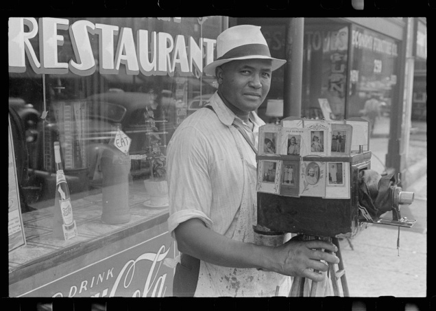 Itinerant photographer in Columbus, Ohio. Ben Shahn, August 1938.