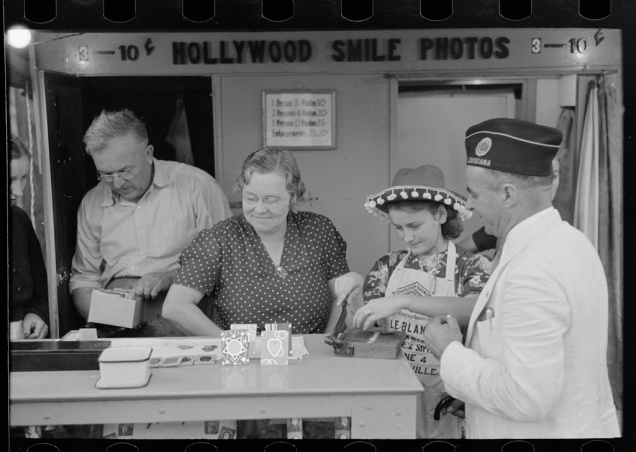 Itinerant photographer's stand, state fair, Donaldsonville, Louisiana. Russell Lee, November 1938.